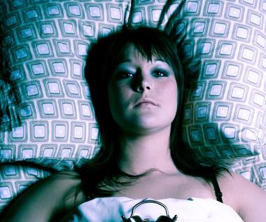 Jakie błędy popełniasz przygotowując się do snu?