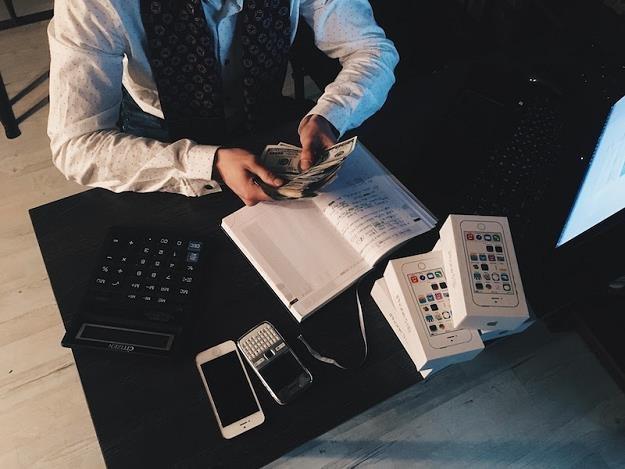 Jakie dochody akceptują pożyczkodawcy? /Informacja prasowa