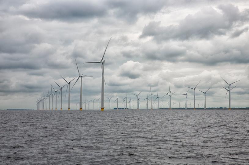 Jakie firmy jako pierwsze wybudują elektrownie na morzu? /123RF/PICSEL