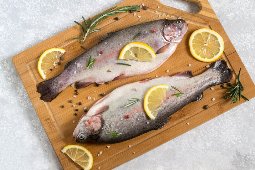 Jakie ryby mają największą zawartość kwasów omega-3? /123RF/PICSEL
