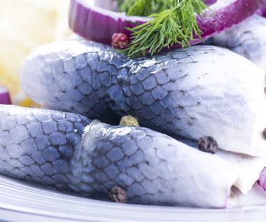Jakie ryby szczególnie warto jeść jesienią i zimą?