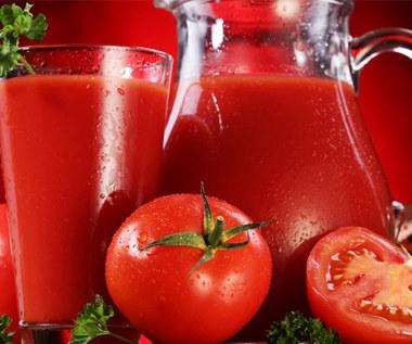 Jakie są korzyści z codziennego picia soku pomidorowego?