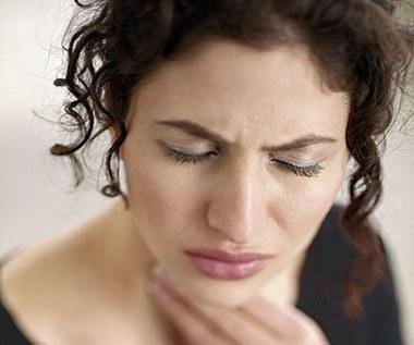 Jakie są naturalne leki na utratę głosu?