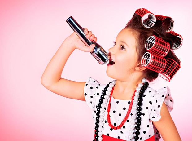Jako dziewczynka marzyłam, by zostać piosenkarką /123RF/PICSEL