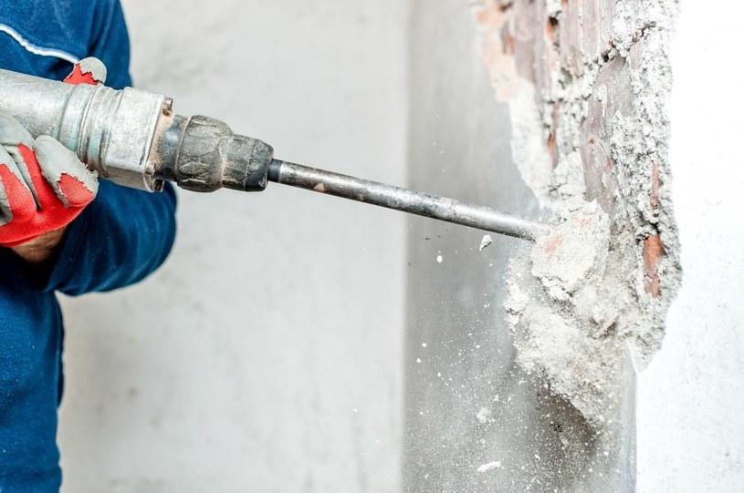 Jakość domowego powietrza mogą znacząco obniżyć prace remontowo-budowlane /123RF/PICSEL