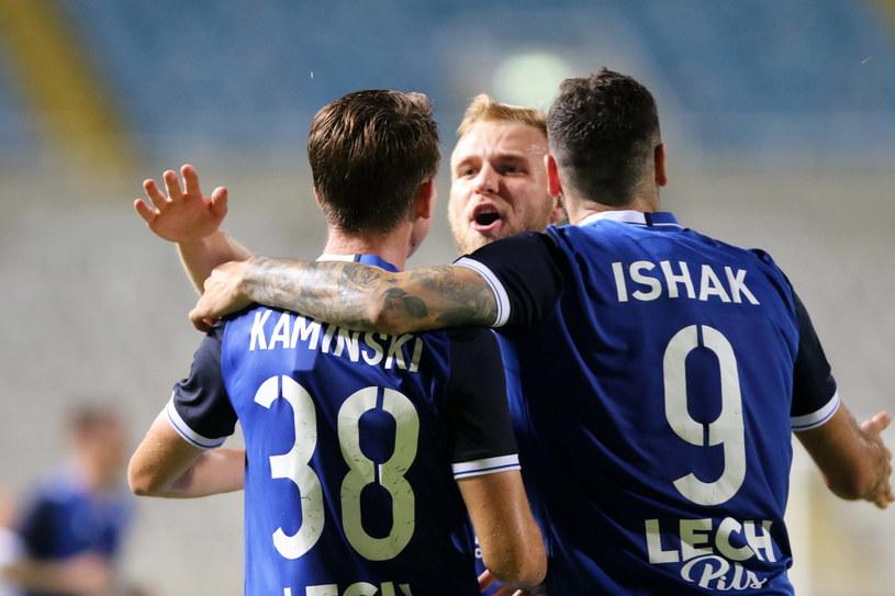 Jakub Kamiński, Tymoteusz Puchacz oraz Mikael Ishak cieszą się z bramki w meczu z Apollonem /SAVVIDES PRESS /PAP/EPA