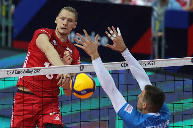 Jakub Kochanowski w meczu półfinałowym mistrzostw Europy siatkarzy przeciwko Słowenii /Andrzej  Grygiel /PAP