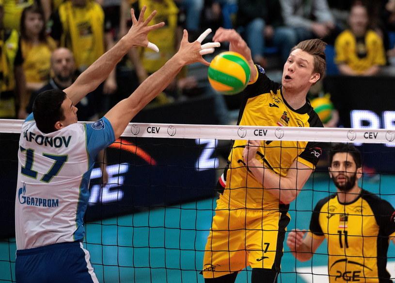 Jakub Kochanowski w meczu z Zenitem Sankt Petersburg /Grzegorz Michałowski   /PAP