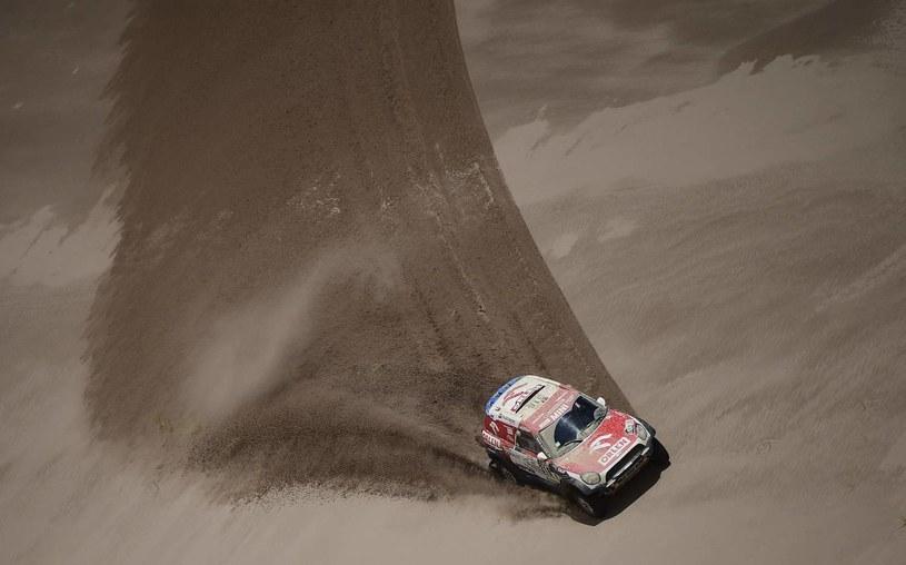 Jakub Przygoński na trasie Rajdu Dakar /AFP
