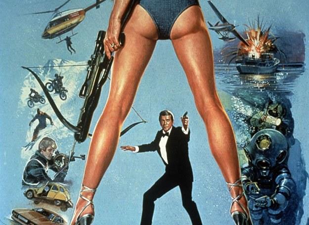 James Bond potrafi wszystko, ale listów własnym nasieniem nie pisze... /East News