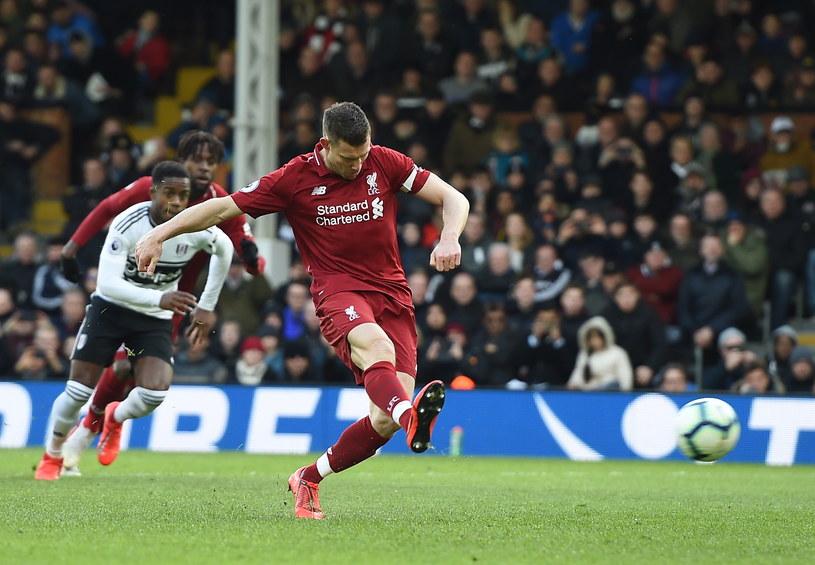 James Milner strzałem z rzutu karnego dał zwycięstwo Liverpoolowi /ANDY RAIN /PAP/EPA