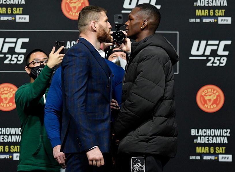 Jan Błachowicz i Israel Adesanya podczas oficjalnej konferencji prasowej przed UFC 259 /Jeff Bottari/Zuffa LLC /Getty Images