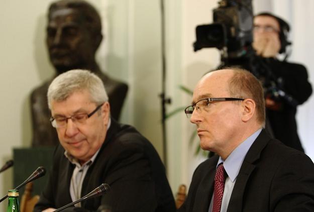 Jan Dworak (L), szef KRRiT i Krzysztof Luft. Fot. STANISŁAW KOWALCZUK /Agencja SE/East News