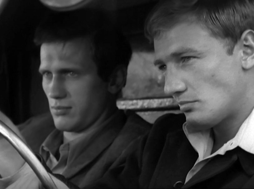 """Jan Englert i Karol Strasburger w ekranizacji """"Kolumbów"""" /East News/POLFILM"""