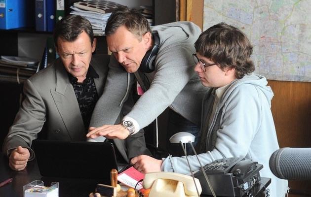 """Jan Frycz, Cezary Pazura i Antek Królikowski na planie """"Weekendu"""", fot.Mateusz Jagielski"""