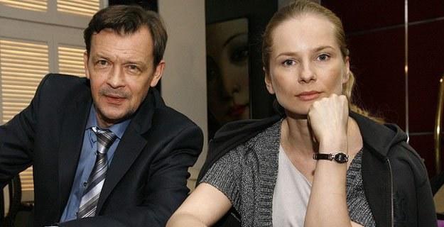 "Jan Frycz i Magdalena Cielecka na planie ""Hotelu 52"" /AKPA"