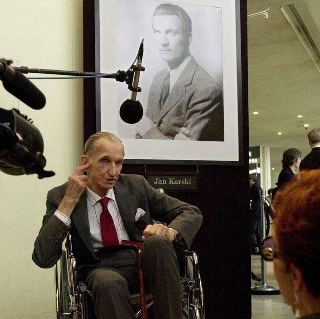 Jan Karski, Nowy Jork, 2000 r. /AFP