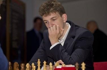 Jan Krzysztof Duda pokonał szachowego arcymistrza Magnusa Carlsena
