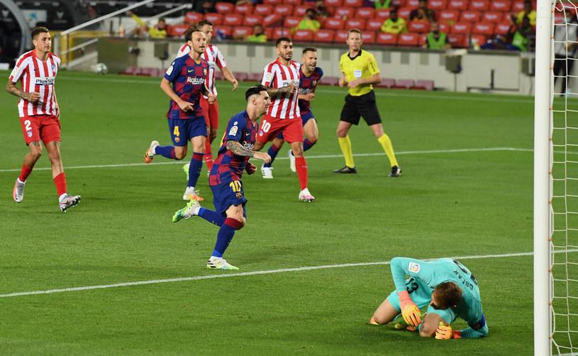 Jan Oblak zmylony, Lionel Messi z 700. golem /David Ramos /Getty Images