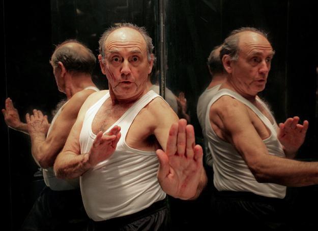 Jan Peszek - Bruce Lee, fot. Dawid Kozłowski /materiały prasowe