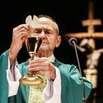 Jan Peszek odprawia mszę!