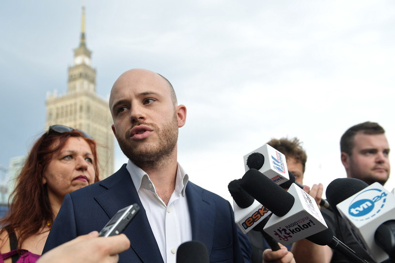 Jan Śpiewak / Marcin Obara  /PAP