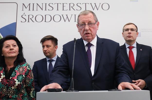 Jan Szyszko, minister środowiska (2P), fot. Paweł Supernak /PAP