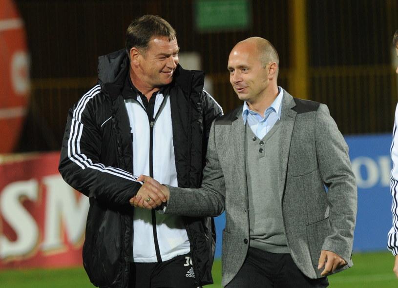 Jan Urban i Artur Skowronek przed meczem /Marcin Bielecki /PAP