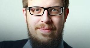 Historyk, publicysta i pisarz. Redaktor naczelny największego polskiego portalu historycznego – ciekawostkihistorycznych.pl