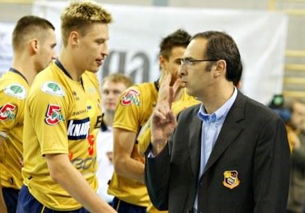 Janne Heikkinen (z lewej) w towarzystwie trenera Daniela Castellaniego /Agencja Przegląd Sportowy