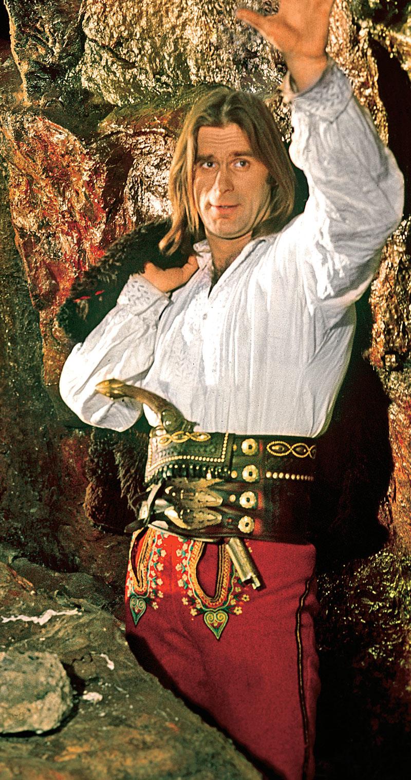 Janosik stał się jednocześnie największym sukcesem i kłopotem Marka Perepeczki. Tak był z nim kojarzony, że nigdy później nie dostał już równie ważnej roli /Kurier TV