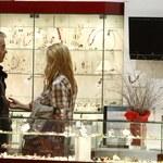 Janowski z partnerką na zakupach