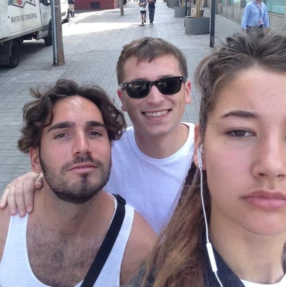 Jansma z przypadkowymi mężczyznami, którzy ją zaczepili /@dearcatcallers /Instagram