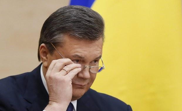 Janukowycz i dwóch synów na czarnej liście