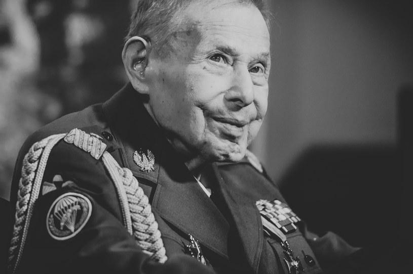 """Janusz Brochwicz-Lewiński ps. """"Gryf"""" miał 96 lat /Rafał Oleksiewicz /Reporter"""