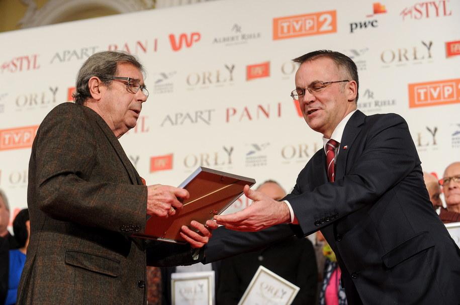 Janusz Gajos i wiceminister kultury Jarosław Sellin /PAP/Marcin Obara /PAP