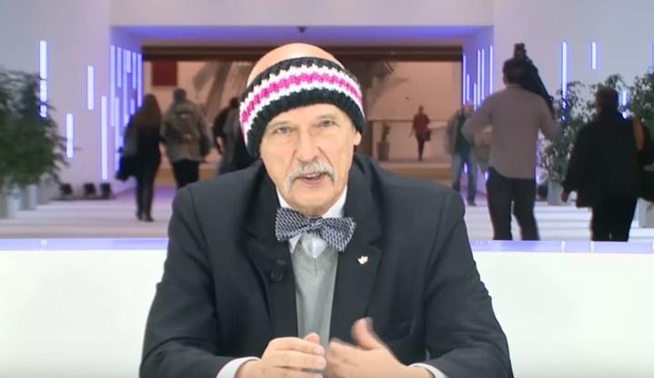 Janusz Korwin-Mikke w nietypowym wydaniu /YouTube /