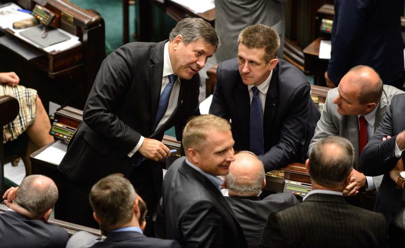 Janusz Piechociński i Jan Bury podczas posiedzenia Sejmu /Jakub Kamiński   /PAP