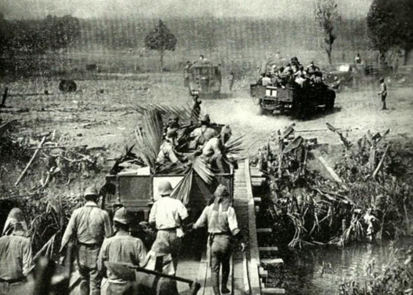 Japończycy w czasie walk odwrotowych na Filipinach /Getty Images/Flash Press Media