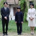 Japonia: W klasie księcia Hisahito znaleziono noże. Trwa śledztwo