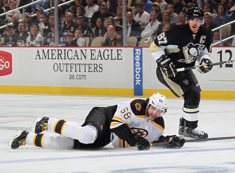 Jaromir Jagr i Sidney Crosby na co dzień błyszczą w NHL. Teraz zobaczymy ich na MŚ w Czechach. /AFP