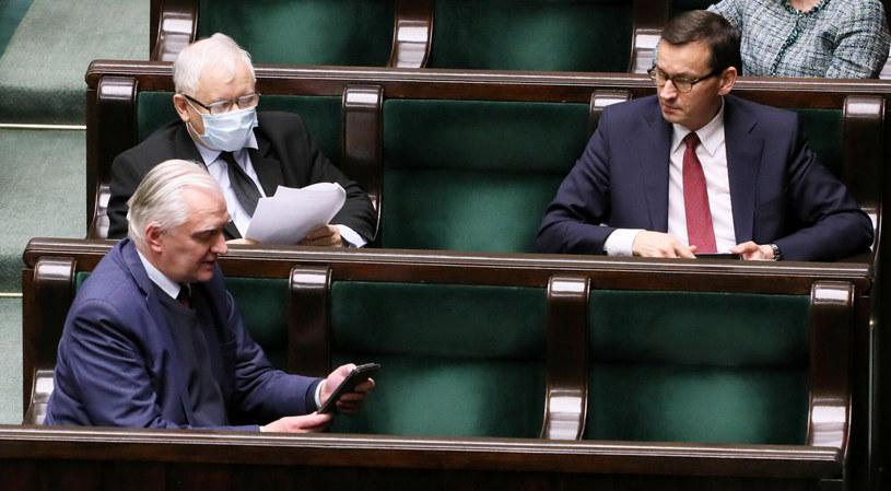 Jarosław Gowin, Jarosław Kaczyński, Mateusz Morawiecki w Sejmie. Co dalej z koalicją? /Jakub Kamiński   /East News