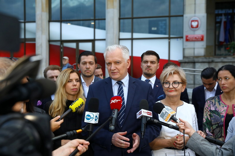 Jarosław Gowin przed resortem rozwoju /Rafał  Guz /PAP
