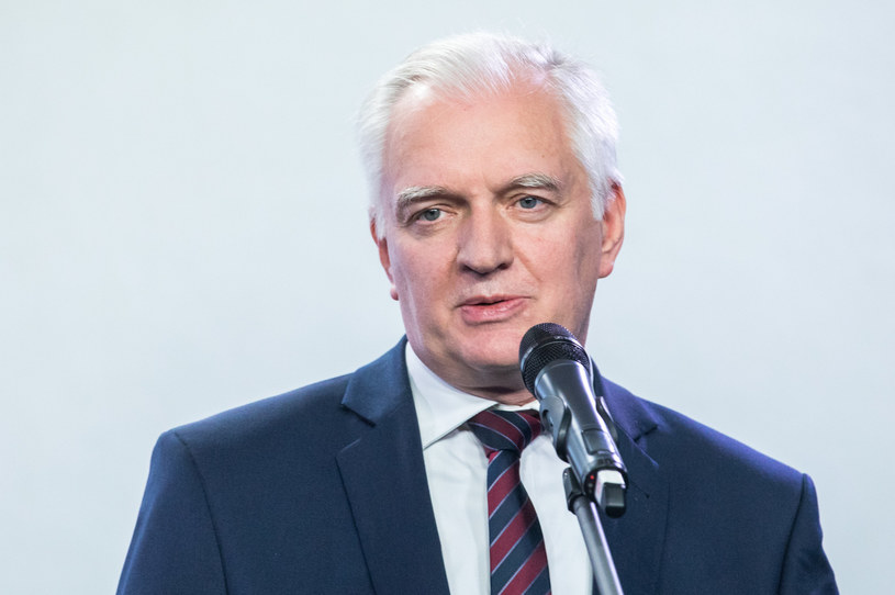 Jarosław Gowin w czwartek wydał oświadczenie. Komentował w nim rządową propozycję wprowadzenia stanu wyjątkowego /fot. Andrzej Iwanczuk /Reporter