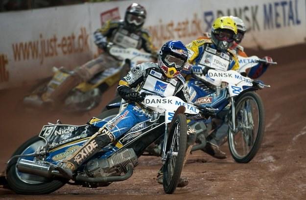 Jarosław Hampel świetnie spisuje się w tegorocznej Grand Prix /AFP