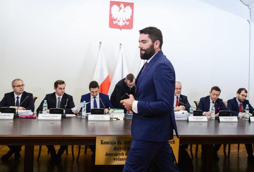 Jarosław Jóźwiak przed komisją /Jakub Kamiński   /PAP