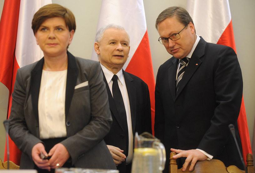 Jarosław Kaczyński, Beata Szydło i Grzegorz Bierecki /Adam Chelstowski /Agencja FORUM