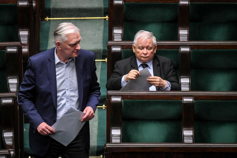Jarosław Kaczyński i Jarosław Gowin w Sejmie /Jacek Domiński /Reporter