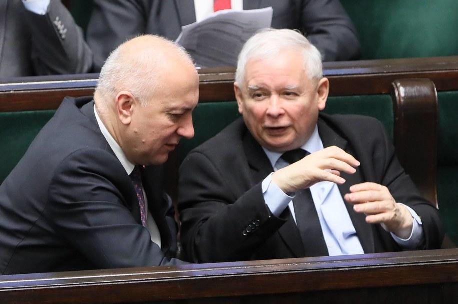 Jarosław Kaczyński i Joachim Brudziński w Sejmie /Paweł Supernak /PAP