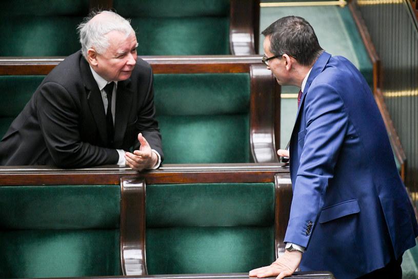 Jarosław Kaczyński i Mateusz Morawiecki /Jacek Domiński /Reporter
